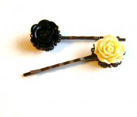 Flower Bobby Pins - Set of Two